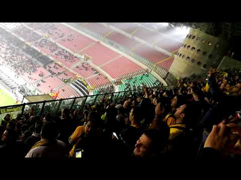 AEK Athens Fans - San Siro, Milano