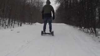 Гироскутер зимой, езда по снегу с большими колесами SUV , бездорожье