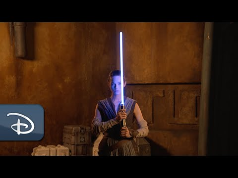 Disney's New Retractable Lightsaber Looks Amazing in Galactic Starcruiser Teaser Video