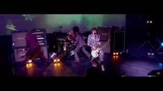 The Darkness - Barbarian Live [HD]