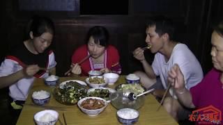 四季豆这样炒最好吃了,姑娘摘一盆回来炒一大锅,一家人还不够吃