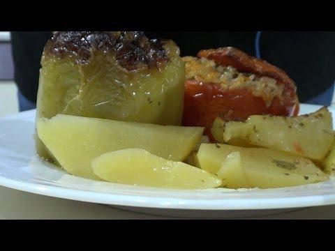 Τhecook.gr - Γεμιστά λαδερά - Γεμιστές πιπεριές και ντομάτες.