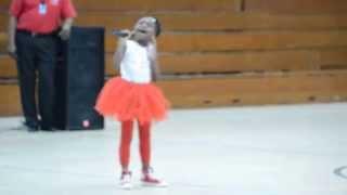 little girl singing just like Alicia Keys ..Girl on Fire (Shaniah Clark)
