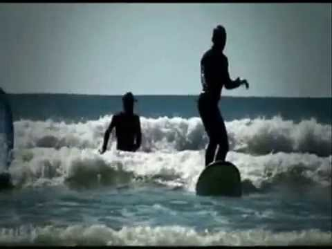 Learn to Surf in Australia Video
