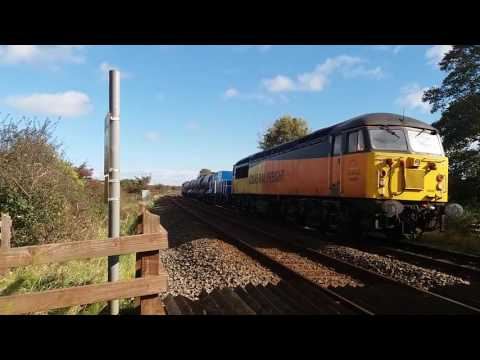 Colas Rail 56087 & 56013 near Gaerwen with RHTT 26th October…