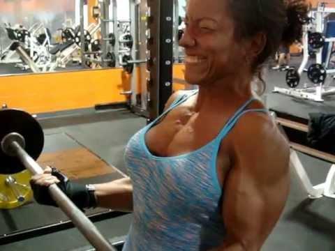 Comme faire une belle forme des muscles pectoraux