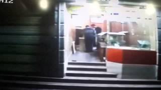 preview picture of video 'ولاد البلد المنصورة - كاميرا المراقبة بأحد المحلات تسجل لحظة الانفجار mansoura'