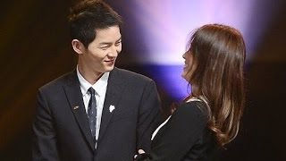 Song Joong Ki & Song Hye Kyo Sweet Moments HD VID @ Korea Popular Culture & Arts Awards