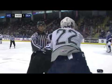 Carson Miller vs. Luke Bateman