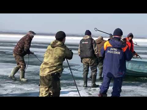 На реке Лене утонули два молодых человека