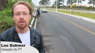 Leo Dahmer verifica obra na Avenida Brasil