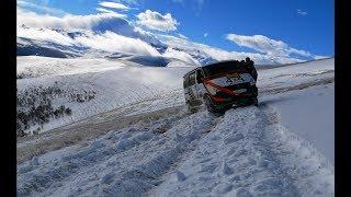 Жесть, что творит Соболь в горах по снегу над обрывом - Безумству храбрых поём мы славу!