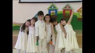 """Zərifə Əliyeva adına uşaq bağçasında """"8 mart"""" tedbiri (2012)"""