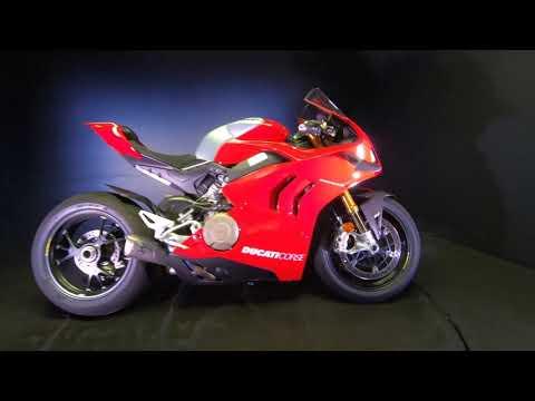 2020 Ducati Panigale V4 R in De Pere, Wisconsin - Video 1