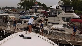 preview picture of video 'Docking At Peterborough Marina - Sit Back Sunday GoPro Boat Cruise'