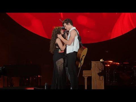 [BEST VIDEO] SHAWN MENDES KISSES CAMILA CABELLO - SENORITA LIVE TORONTO HOMETOWN STADIUM SHOW