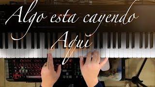 """Video thumbnail of """"Algo esta cayendo aquí - Piano Tutorial"""""""