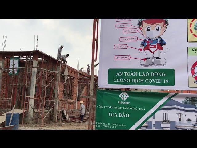 Thi công biệt thự 2 tầng hiện đại mái ngói- nhà chị Hân tại Hóc Môn, TPHCM