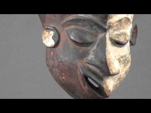 Khelloouinskie les masques sur la personne