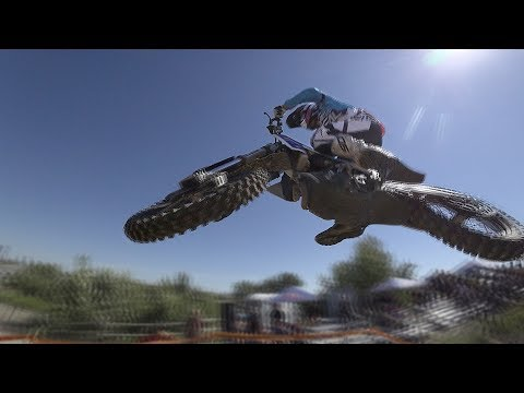 RED BULL ROCKS & LOGS 2017: SLOW MOTION