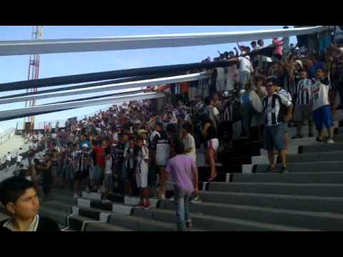 """Hinchada Chaco For Ever vs Gimnasia (trompetas)"" Barra: Los Negritos • Club: Chaco For Ever"