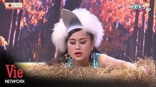 Lâm Vỹ Dạ hóa họa mi ấp trứng ngay trên sân khấu cùng Tiến Luật   7 Nụ Cười Xuân [Full HD]