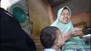 preview picture of video 'Baby Ghaida sebelum & ketika bisa Berjalan'