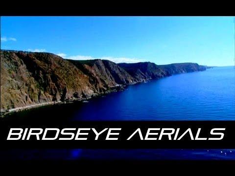 Kaarten met apen, Stunning stock aerial video footage featuring..