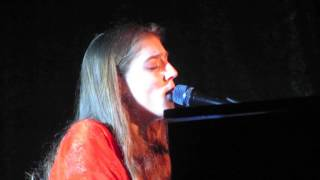 Birdy ~ Unbroken (HQ sound) @Live Music Hall Cologne, Germany May-05-2016