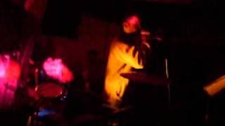preview picture of video 'Banda Letal (Cuarteto) - Maldición_Canta César.flv'