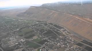 Mountains Views Approach, Landing at GJT Grand Junction Airport, CO