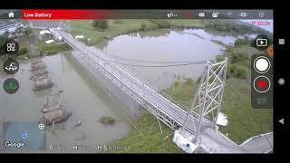 Keren Nih Drone MJX Bugs B7 Melaju di Jembatan Gantung