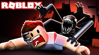 TRAPPED IN A ROBLOX HAUNTED MANSION