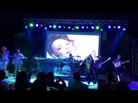 Faith Evans LIVE Burning up  Special Guest Freeway