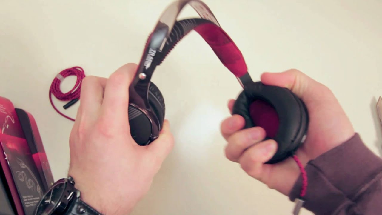 O'Neill The Stretch Headphones Unboxing & Overview thumbnail
