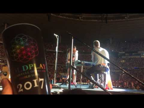 Coldplay - Hypnotised (LIVE) 18.07.2017, Paris