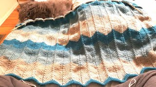 Stripped Chevron Blanket: A Knittycats Knits Tutorial