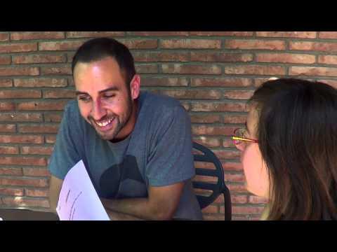 Watch video1, 2, 3.. gravant! Entrevista a Blaumut