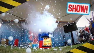 LIQUID NITROGEN EXPLOSION! - Maker Faire New York