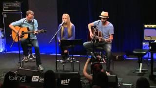 Danielle Bradbery - Who I Am (Bing Lounge)