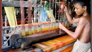 Inside A Hand Loom Weaving Factory