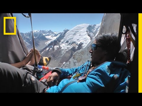 """Prime """"Tenthouse"""" Suite at 20,000 Feet—No Elevator 