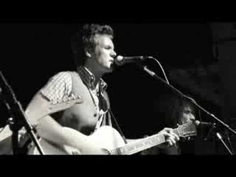 Tyler Hilton - How Love Should Be