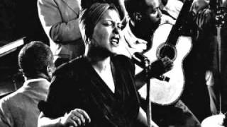 """Video thumbnail of """"Billie Holiday - When You're Smiling"""""""