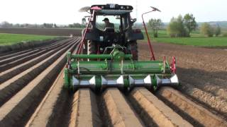 Valtra N82 + Baselier - Obsypywanie Ziemniaków Po Sadzarce Hassia