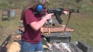 Amy Shooting AK47 Assault Rifle 762 X 39 Yugo Underfolder Ak 47 Texas