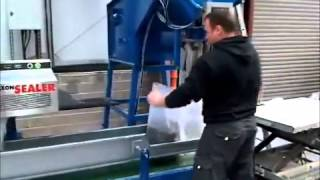 Manual bagging System MB-500 with ABB Robot | RMGroup - Manual & Automated Packaging Systems
