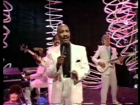 Hot Chocolate - It Started With A Kiss 1982