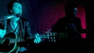 Alive/Runaway mash up- Artist Vs Poet (Live @ Phil's 2012)