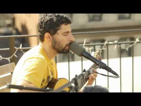 Jose Gonzalez Records Acoustic Performance At Rockstar